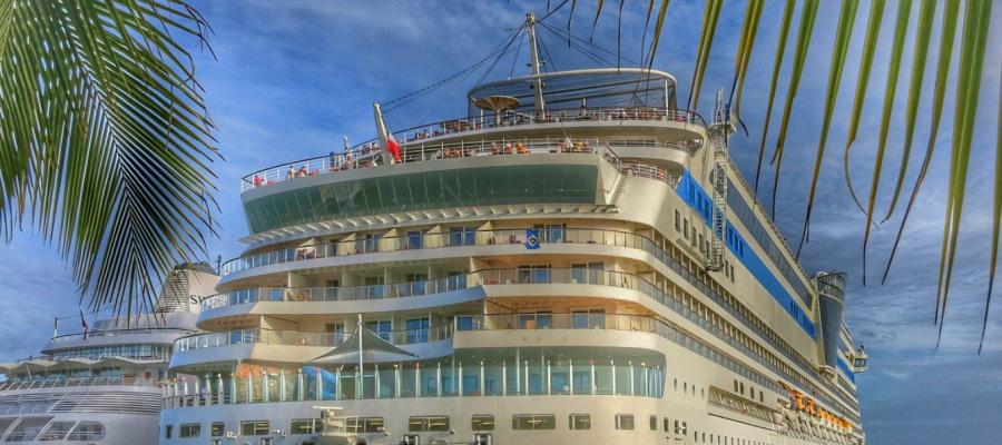 baby kreuzfahrtschiff
